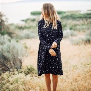 45c408d1f58d Piper   scoot navy s floral button up midi dress S